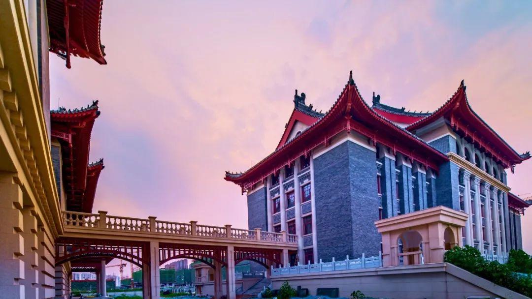 龙子湖校区建成部门结果图与近景图