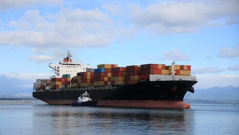 以色列媒体:一艘货船遭伊朗导弹袭击 无人员伤亡