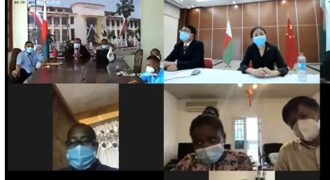 中国驻马达加斯加使馆向塔马塔夫三所医院捐赠抗疫物资