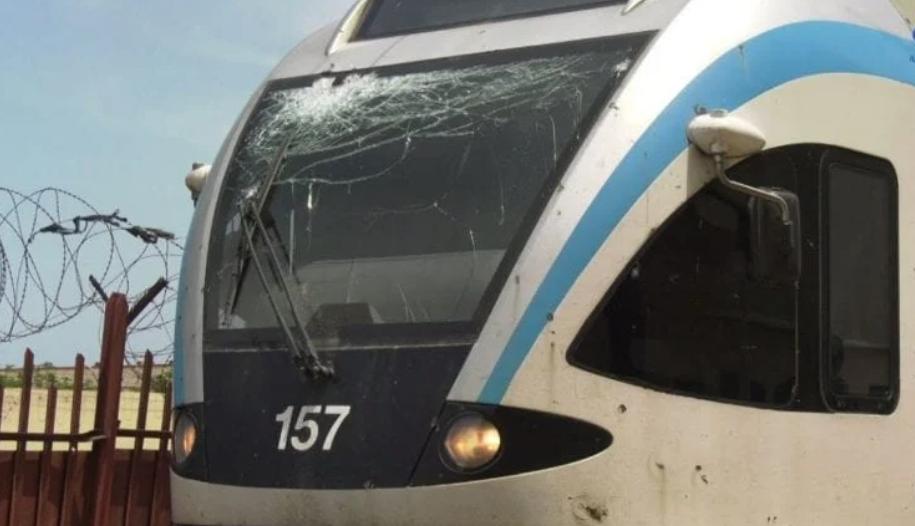 阿尔及利亚首都火车遇袭导致铁路停运