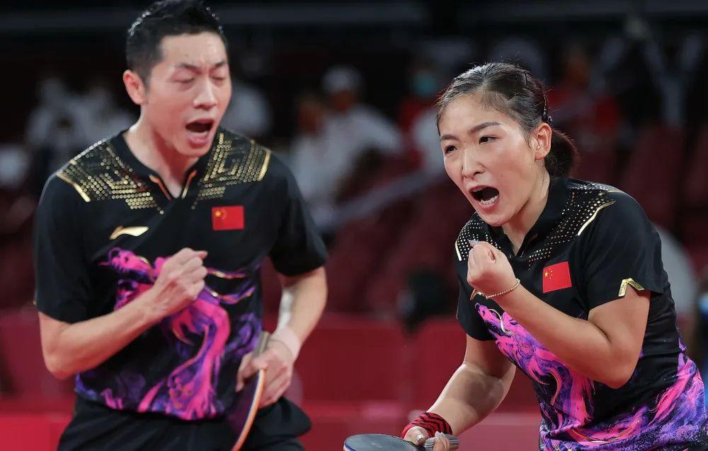 刚刚,刘诗雯校友摘下奥运会乒乓球混双银牌图片