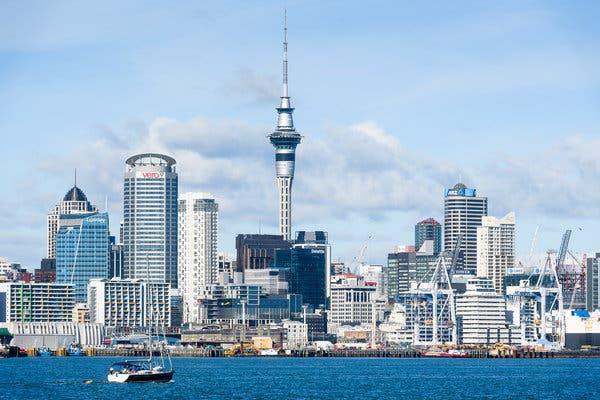 新西兰报告近半年来首例新冠肺炎本地传播病例