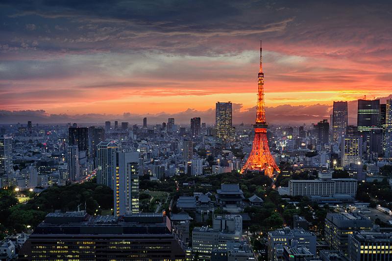夜色下的日本东京