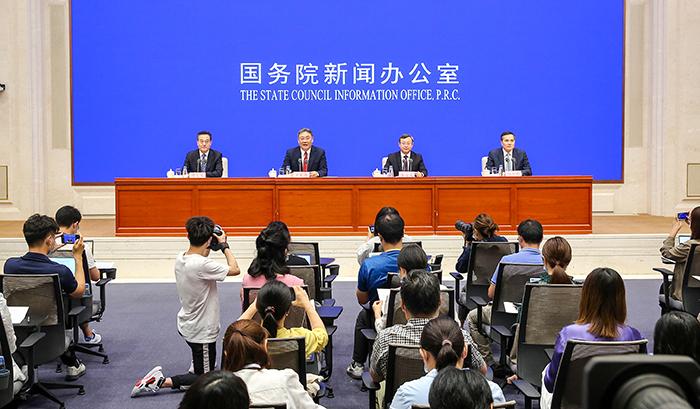 商务部:我国利用外资和对外投资稳居世界前列 参与全球经济治理能力不断加强