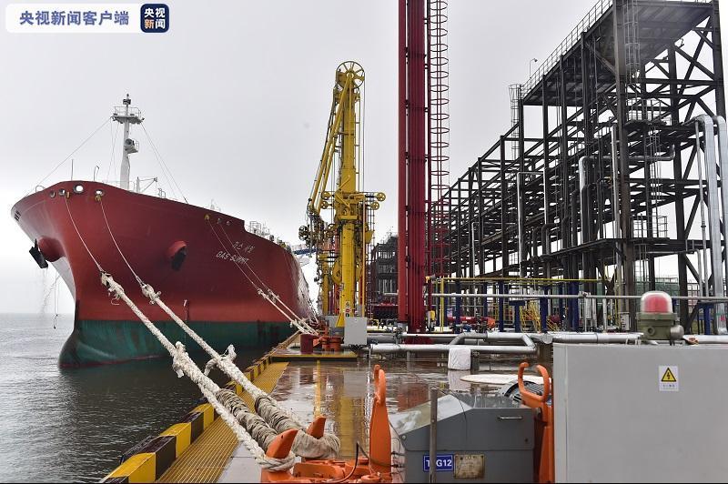 青岛港董家口原油码头二期、液体化工码头投产运营