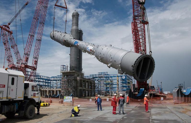 """俄罗斯天然气公司宣布""""北溪-2""""管道全段铺设完成"""