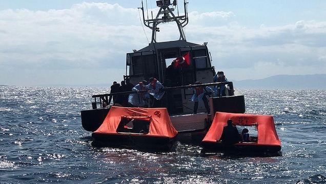 63名非法移民在土耳其伊兹密尔海域获救