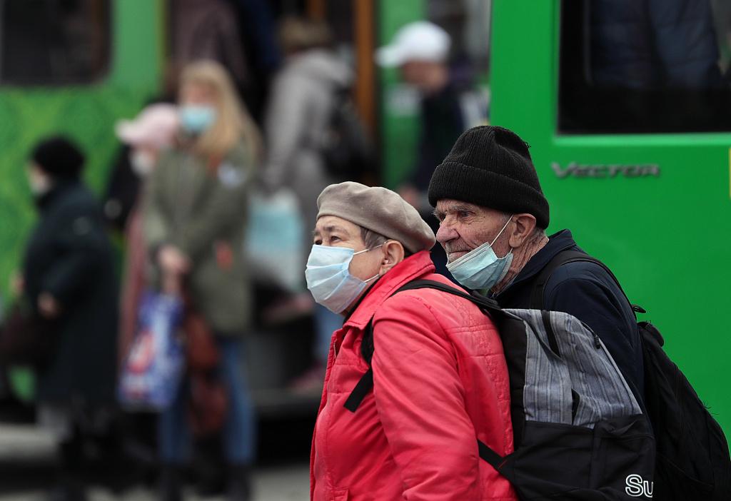 俄媒:疫情之下俄高收入家庭减少39%,约为65.7万户