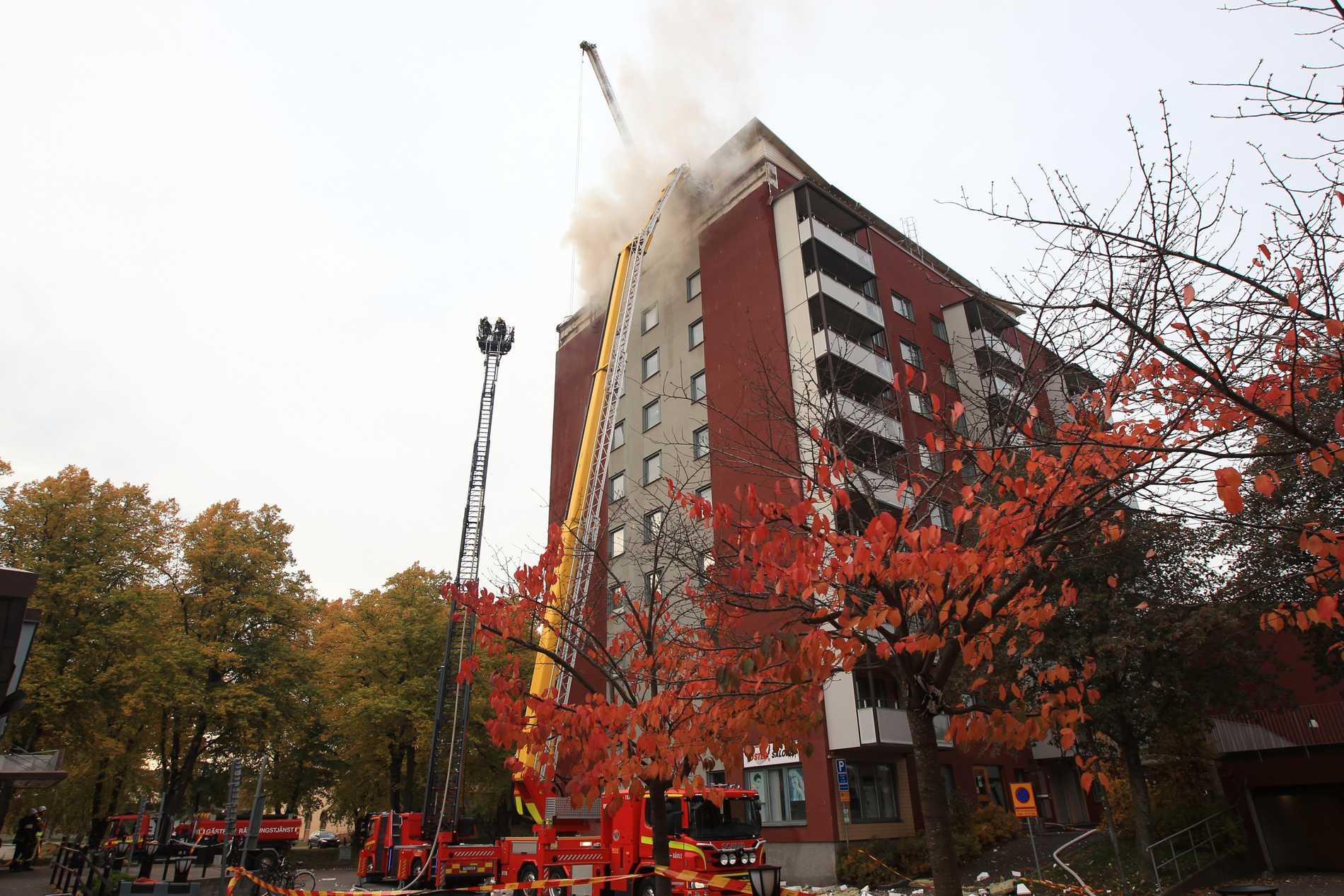 瑞典一公寓楼发生火灾 警方将其列为严重纵火案