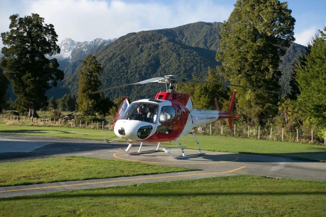 直升机环游、摄影展、送车位、返首付…国庆黄金周,开发商为了促销回款拼了