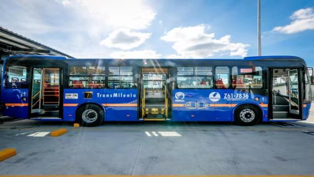 拿下海外最大纯电动巴士订单:比亚迪出击特斯拉短板?