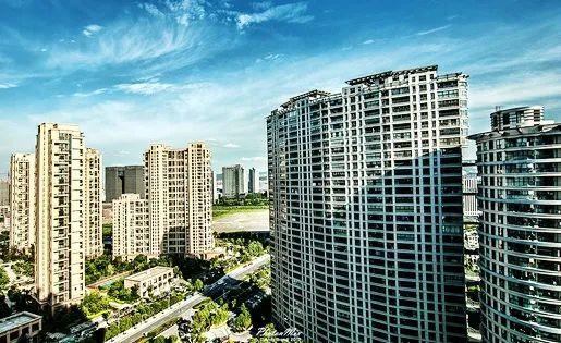 行业洗牌与突围 谁能引领2021中国房地产卓越100