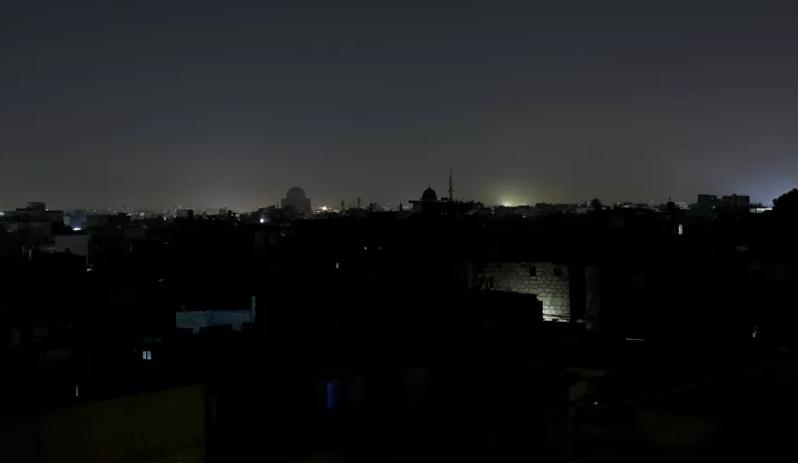 巴基斯坦全国大规模停电 街道一片黑暗(图)