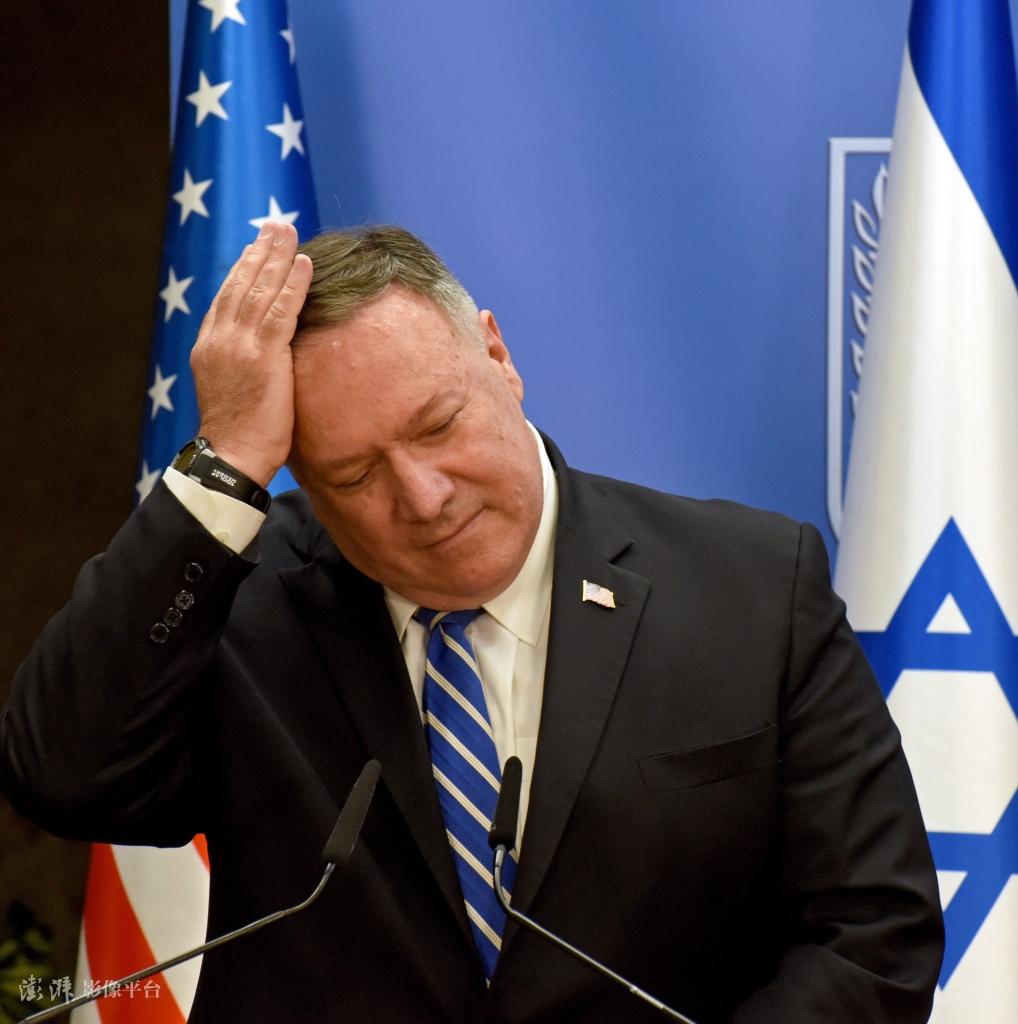 压不住了?美外交官罕见集体发电文要求他谴责特朗普