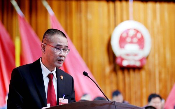 柳州中院:阮展睿当选融安县县人民法院院长图片