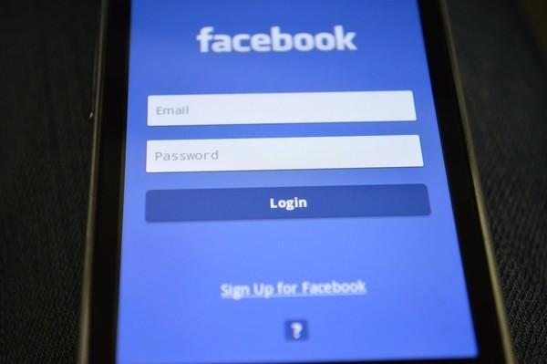 马斯克宣布已退出Facebook 并称可开发新的手机系统