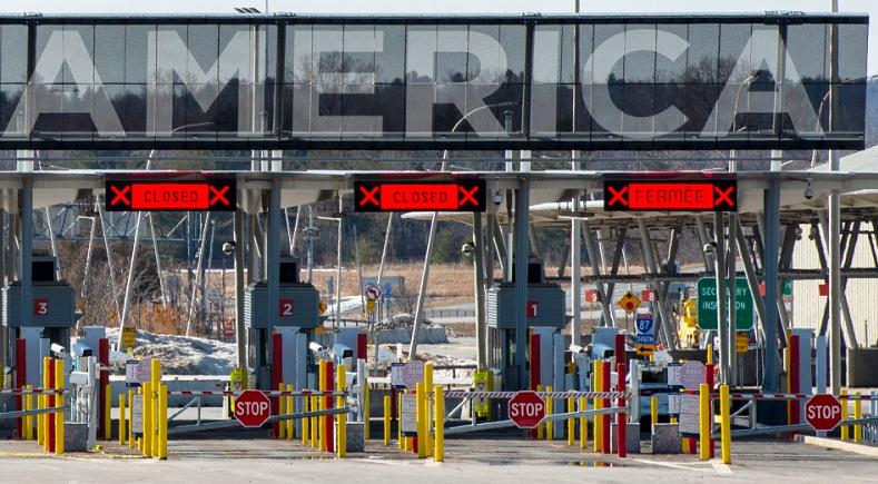 加拿大与美国陆上边境继续延长关闭一个月至2月21日