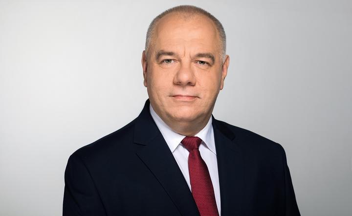 波兰副总理萨辛确诊感染新冠病毒