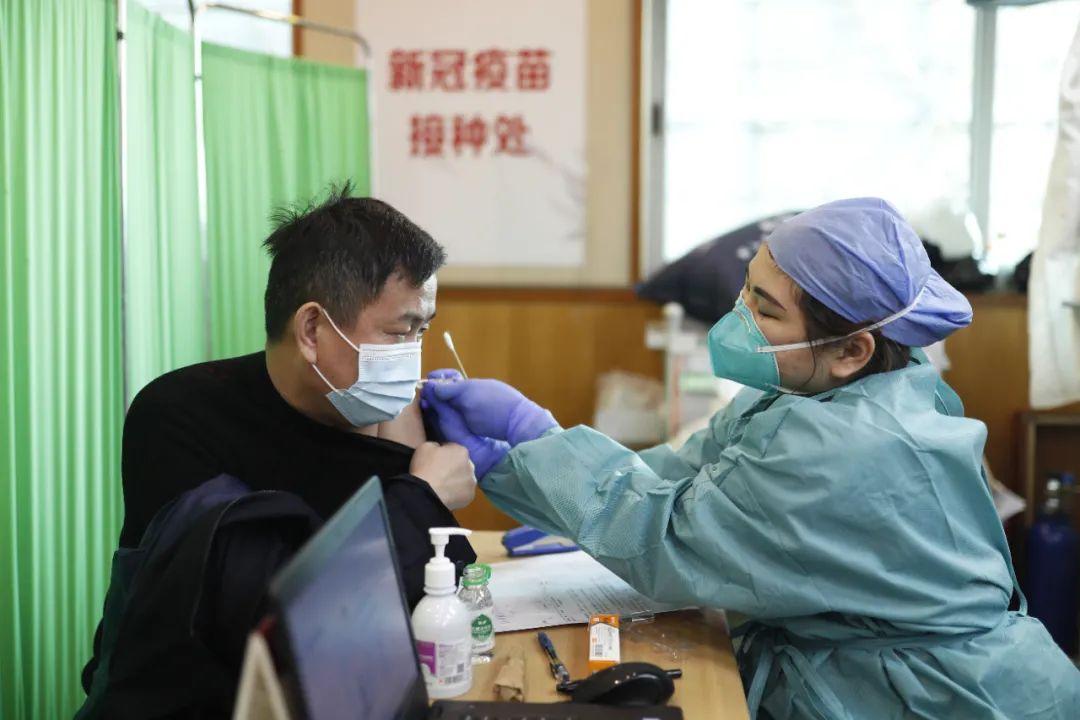 打HPV疫苗后能接种新冠疫苗吗?过敏患者能打吗?专家解答图片
