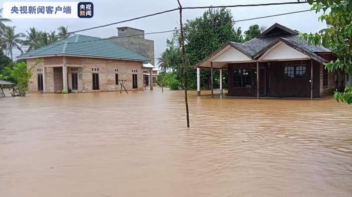 印尼南加里曼丹暴雨引发洪水 6346幢房屋被淹