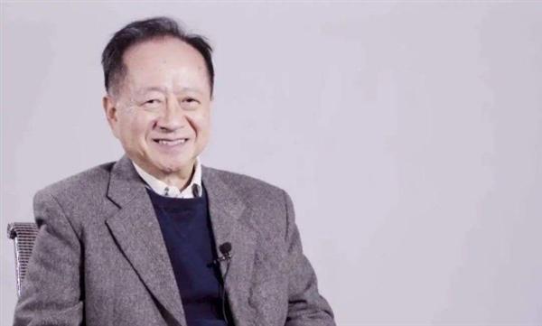 蒋尚义回归中芯国际后首次亮相 谈摩尔定律接近物理极限