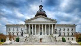 南卡罗来纳州议会大楼因潜在武装抗议威胁关闭近一周