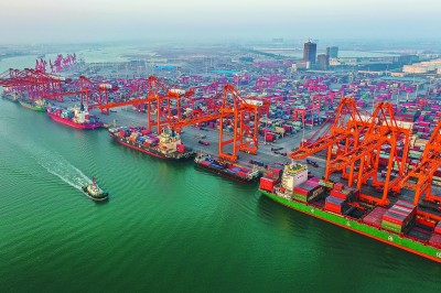 广西钦州港集装箱吞吐量完成395.04万标箱
