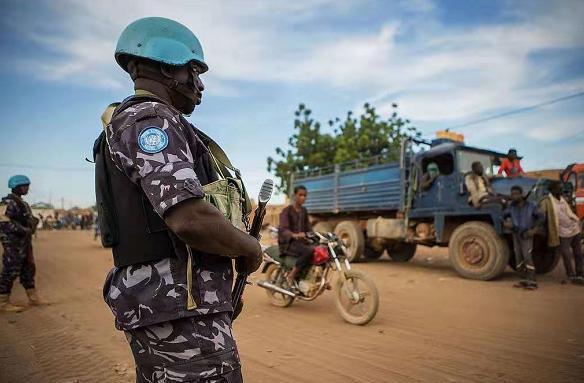 马里维和车队再次遭遇袭击 联合国强烈谴责