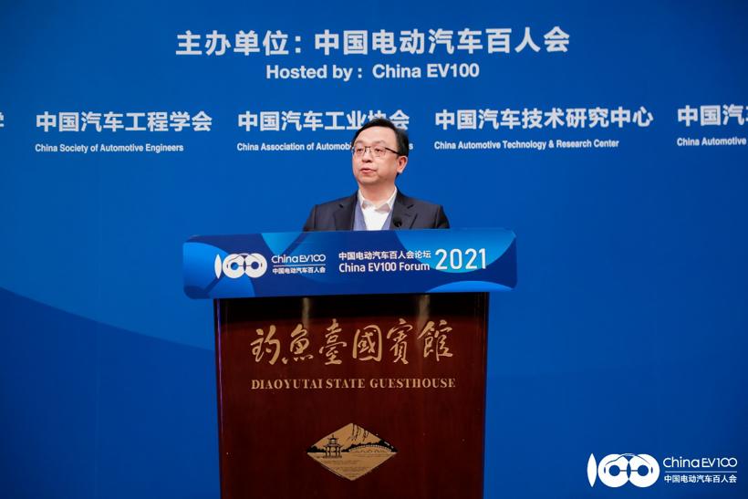 比亚迪董事长王传福:新能源汽车行业迎来高光时刻