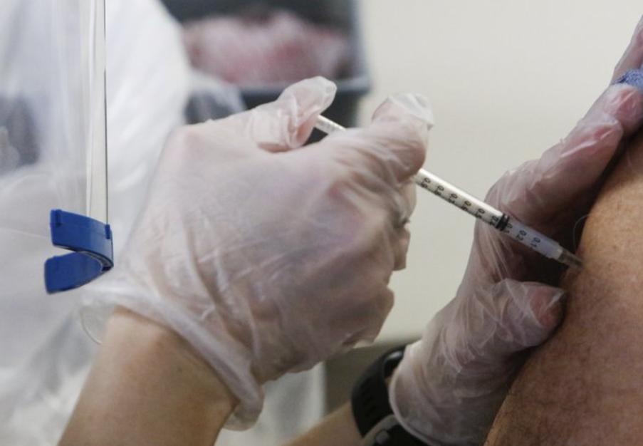 印度男子接种新冠疫苗后死亡 官员称与疫苗无关