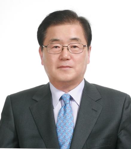 文在寅提名新外长,韩媒:出乎意料