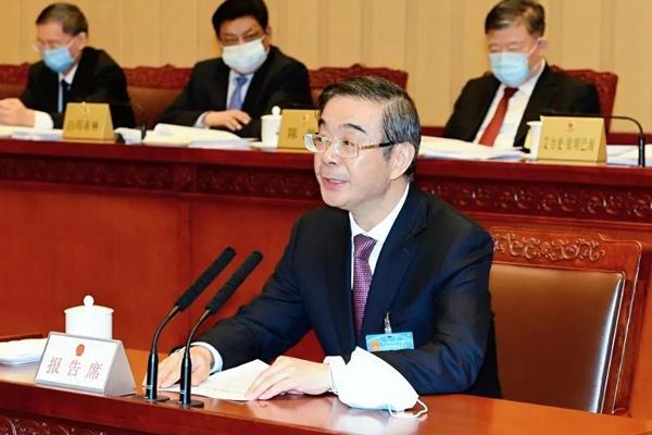 周强就设立北京金融法院的决定草案向全国人大常委会作说明相关报道图片