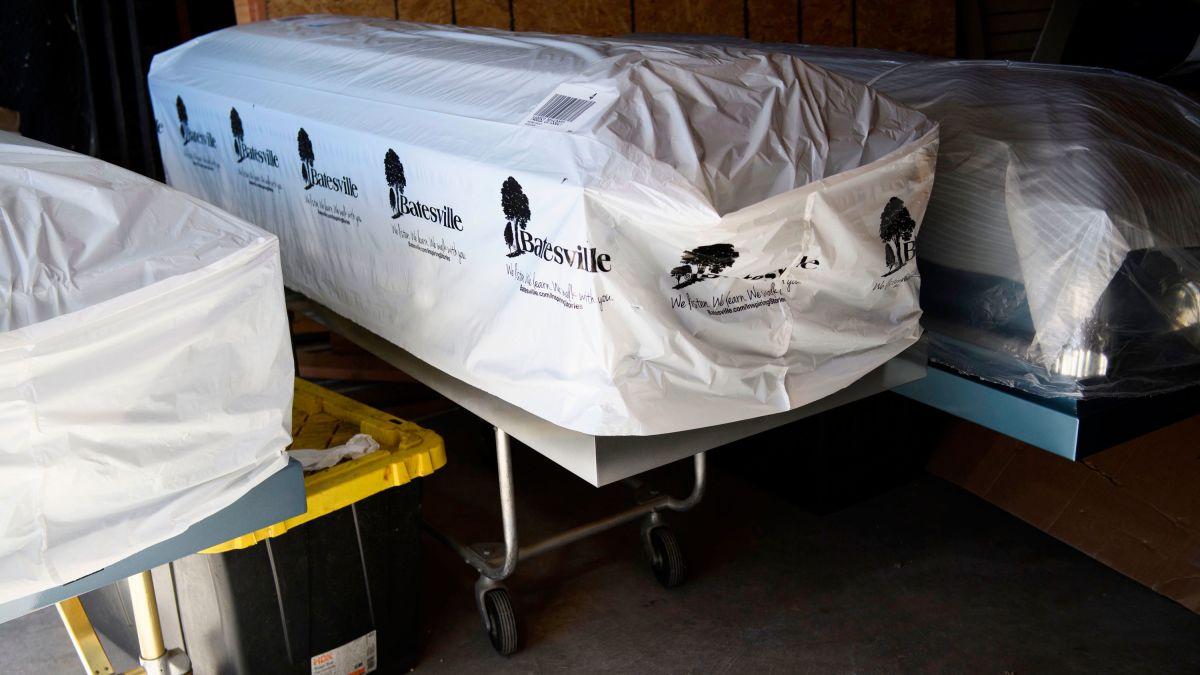 新冠死亡率翻倍 美洛杉矶县取消对火葬空气质量限制