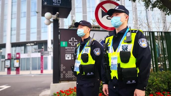 越来越多的人今年留在上海过年,上海公安将这样做图片