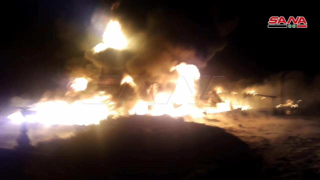 叙利亚西部一油罐车爆炸引发大火