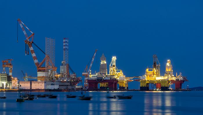 《【超越平台注册网址】这三家国际油服巨头去年净亏超1500亿》