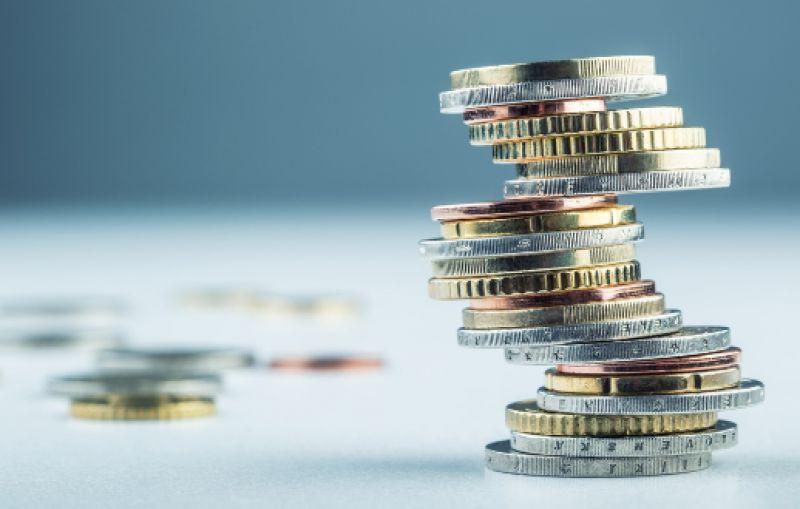 中小银行负债压力山大靠同业存单救急 银保监负债新规紧笼头