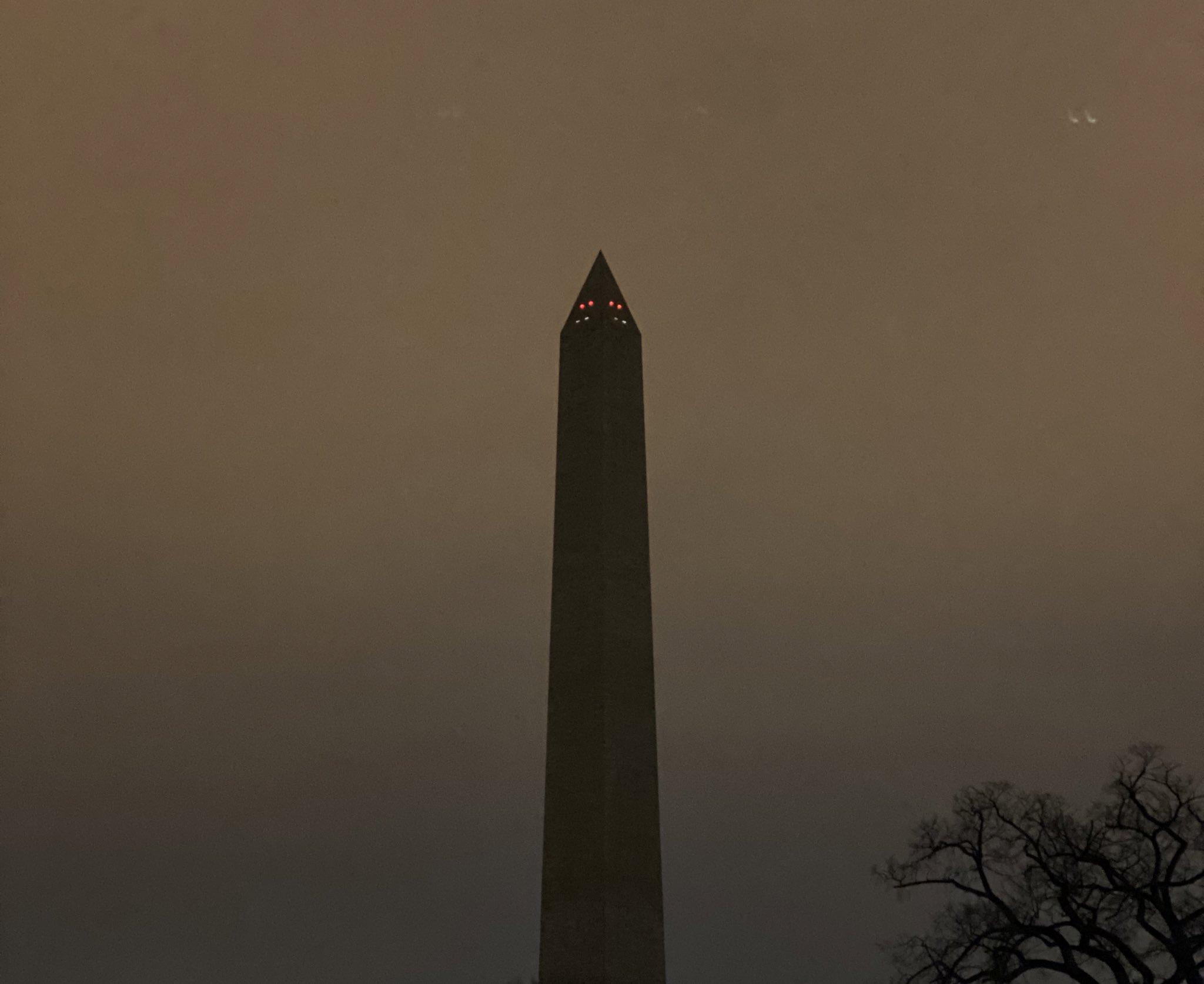 一片黑暗!华盛顿纪念碑莫名熄灯 引发网友热议
