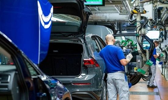 台积电称优先产汽车芯片 大众或索赔供应商