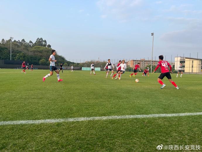 热身赛:逄志泉脚后跟破门,陕西长安竞技1-0小胜广州富力