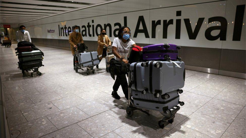 英国内政大臣:计划出境人员必须提供正当合理的理由