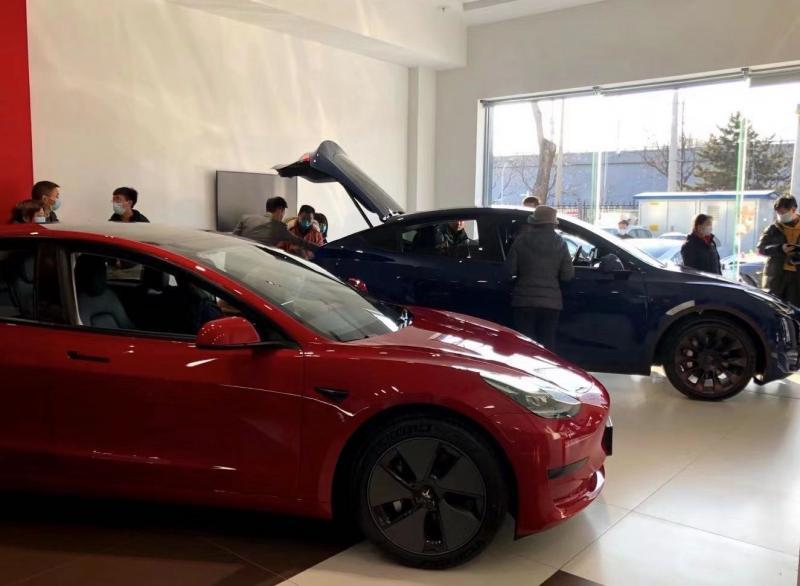 特斯拉降价引蔚来退订传闻 国内造车新势力何去何从图片