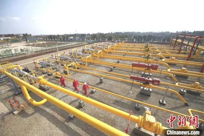 中国石油西南油气田日产气达1.04亿方 确保全国用气需求