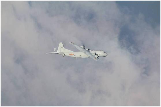台防务部门:今日2架解放军军机进入台湾西南空域图片