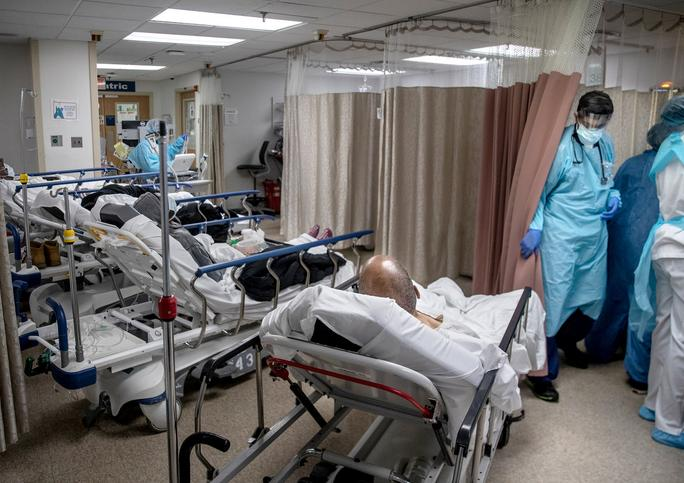 美国亚利桑那州重症监护病房容量降至8%