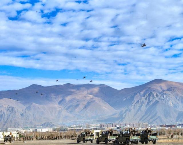 """西藏军区新年开训传重要信息:解放军创造人类军事史上""""第一次"""""""