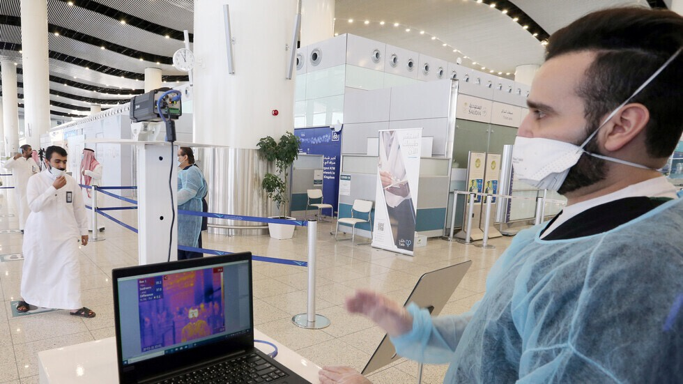 沙特卫生部:境内已有10人感染变异新冠病毒 均已痊愈