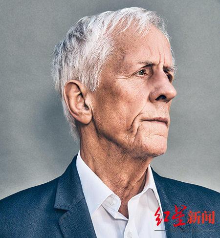 《人生七年》导演迈克尔-艾普特去世 终年79岁
