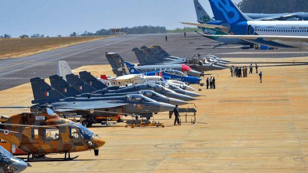 英媒:印度借航展扩大军工合作