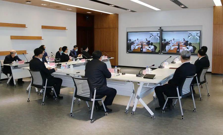 """吉林大学成立""""援通化医疗总队""""和""""援通化医疗总队临时党委""""图片"""